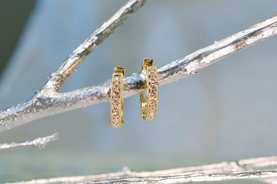 14K-YELLOW-GOLD-DIAMOND-EARRINGS